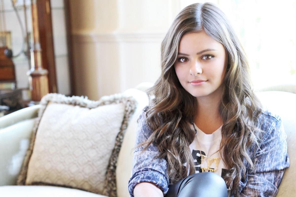 Jacquie Lee turns 18