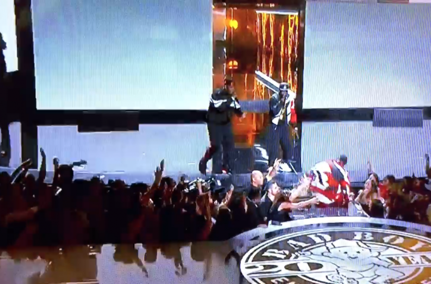 Diddy falls on stage at BET Awards